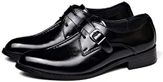 Zapato de cuero con hebilla